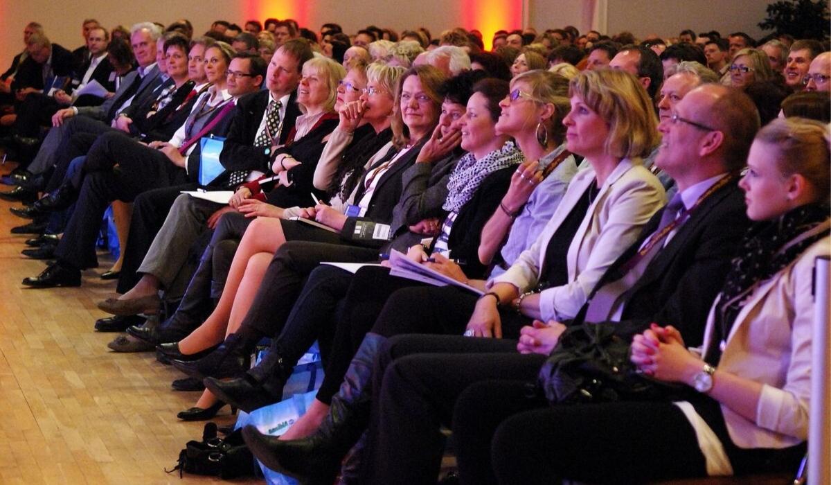 Begeisterte Zuschauer Vortrag Ostseekongress